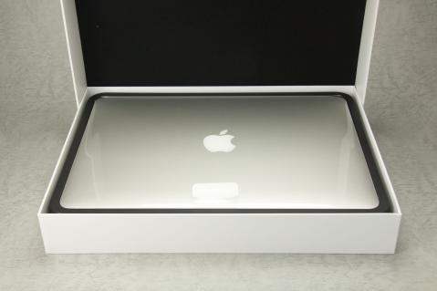 MacBook Air 2012 13インチ 箱 収納
