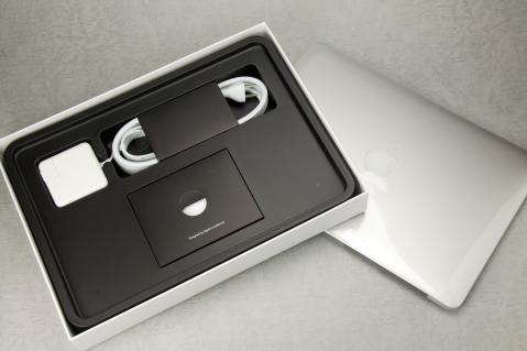 MacBook Air 2012 13インチ 箱