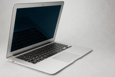 MacBook Air 2012 13インチ 画面