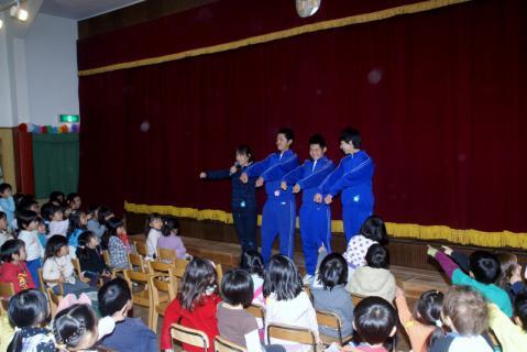 2006-06-29 24年度11月佐倉中職場体験学習、音楽発表会予行 025 (800x534)