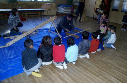 2006-08-30 24年度1月29日大工仕事林建築 015 (800x522)