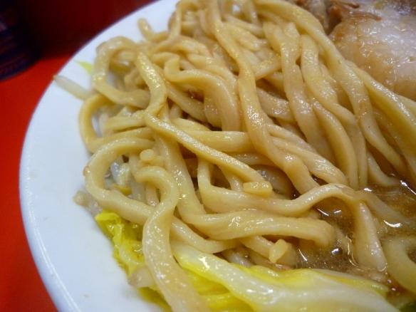 12年5月18日 三田本店 麺