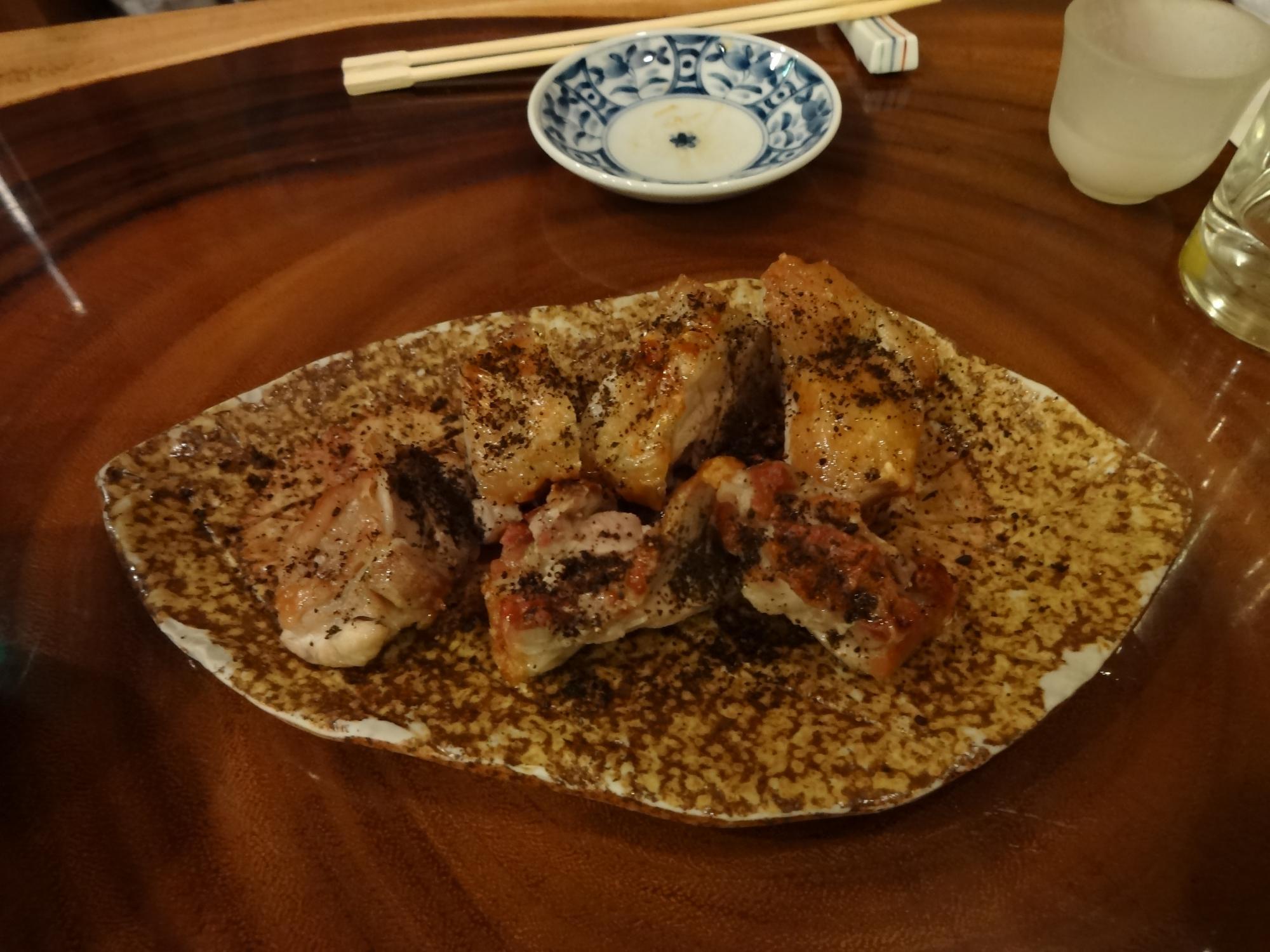 鶏の黒七味焼き
