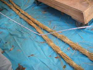 20121216重箱石しめ縄作り08