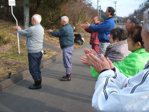 20121216重箱石しめ縄作り40