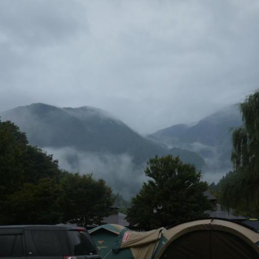 雨あがりの朝01