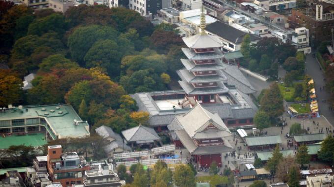 天望回廊から浅草寺03