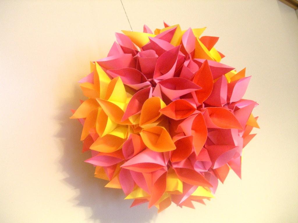 折り紙 くす玉 花