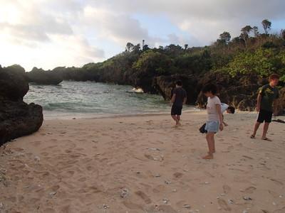 ぜんべい浜へお散歩