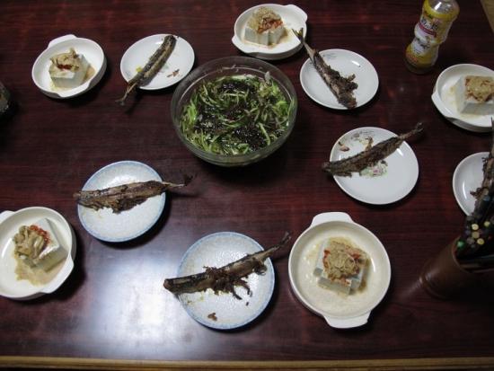 サンマの干物,もずく酢,中華風冷奴
