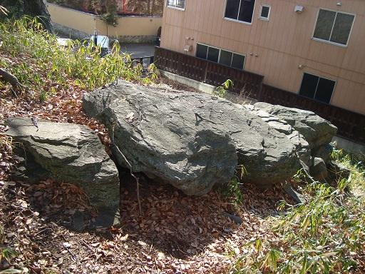 青塚古墳横穴式石室天井石
