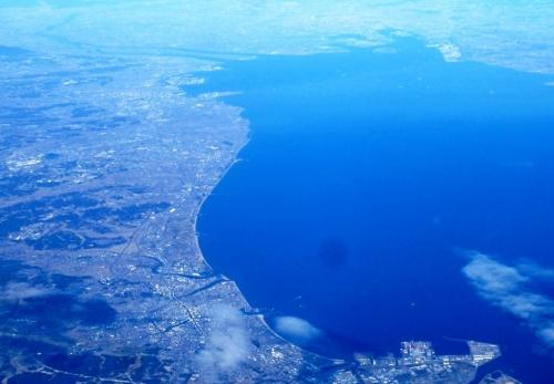48松阪上空から津