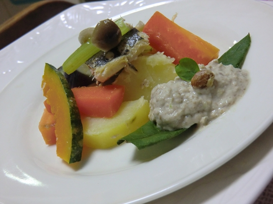 いわしの温製サラダ♪(いわしペースト添え)