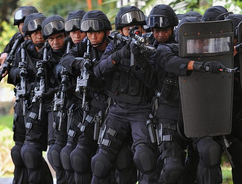 indonesia-swat-team1.jpg