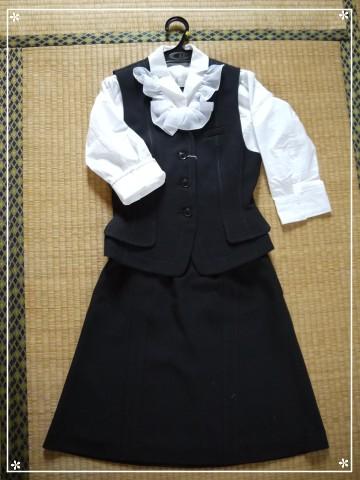 201205事務服 (2)