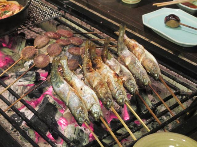 不動温泉 華菱 夕食(囲炉裏2)
