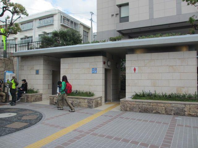 六甲山2012春(その1 芦屋川駅~風吹岩編) 芦屋川駅3