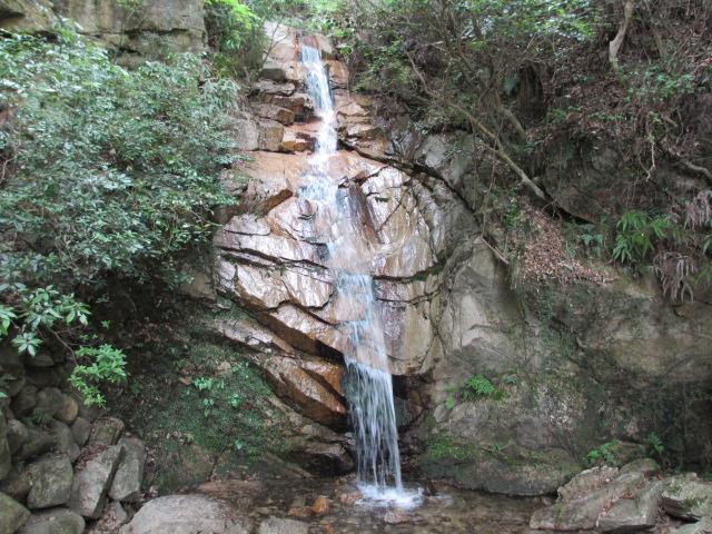 六甲山2012春(その1 芦屋川駅~風吹岩編) 高座の滝