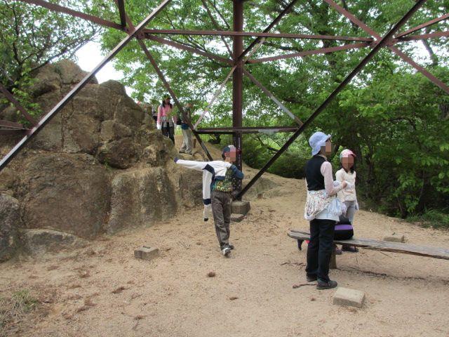 六甲山2012春(その1 芦屋川駅~風吹岩編) 鉄塔