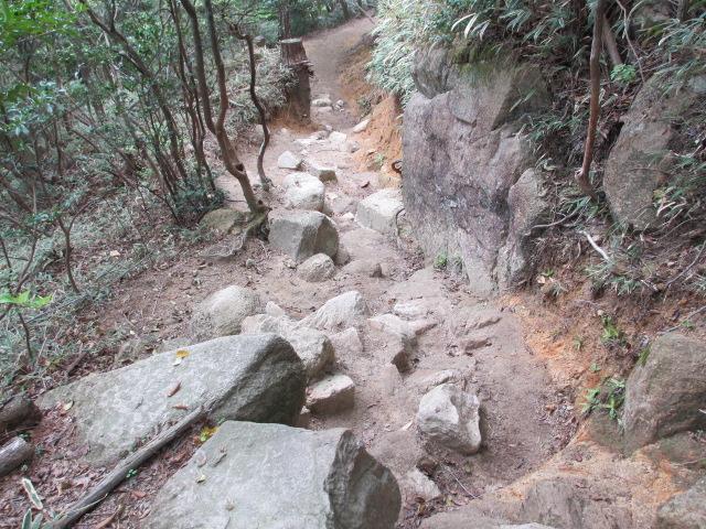 六甲山2012春(その2 風吹岩 ~最高峰編) 雨ケ峠まで10