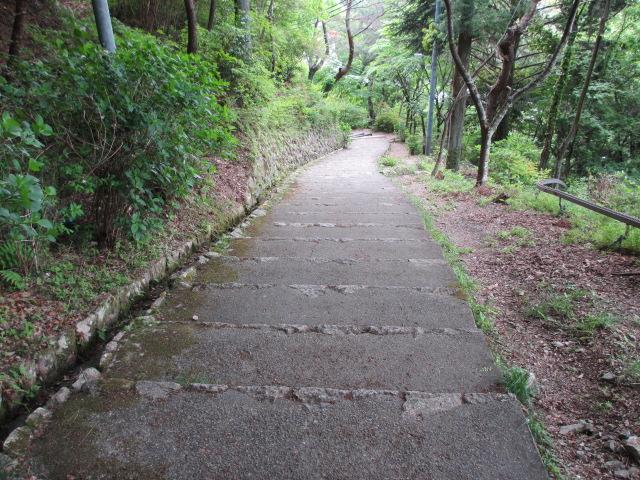 六甲山2012春(その3 最高峰~有馬温泉編) 有馬稲荷神社まで4