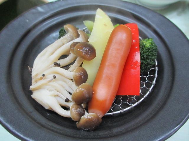 温泉民宿こぶち 朝食(蒸し野菜)