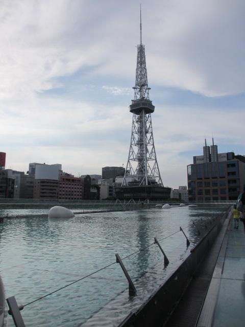 オアシス21 水の宇宙船からテレビ塔