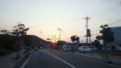 町中の夕日1