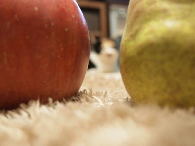 洋梨とりんご。