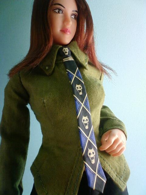kira_necktie_b.jpg