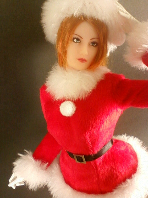 santa_girl_a.jpg