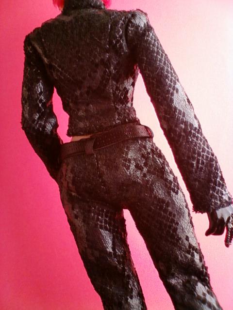 snake_pants_suit_c.jpg
