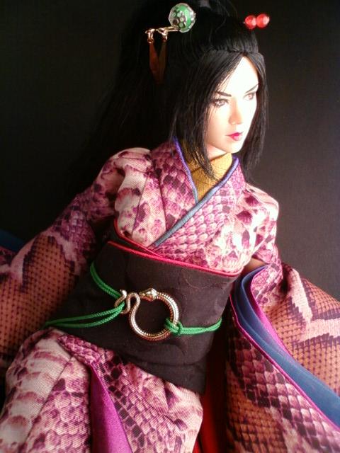 snake_print_kimono_a.jpg