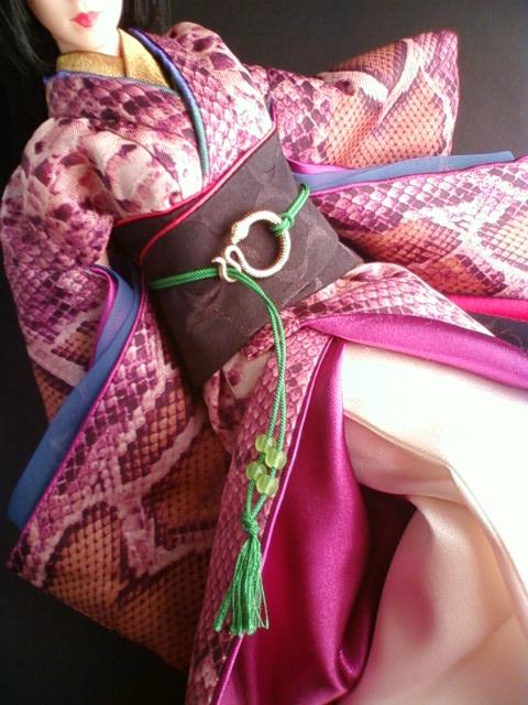 snake_print_kimono_b.jpg