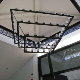 ダナン フュージョンマイア スパ レセプション上の照明