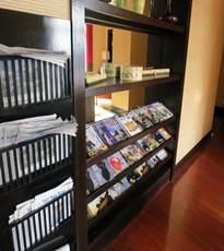インターコン クラブラウンジ DVD、雑誌コーナー