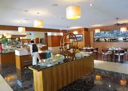 インターコン レストラン カフェドラック2