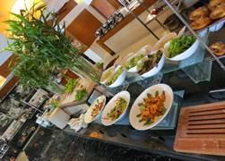 インターコン レストラン カフェドラック4