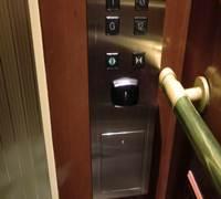 エレベーターカードタッチ部