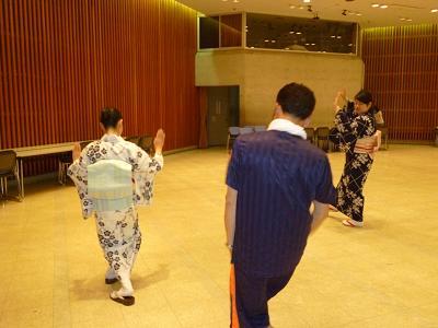 山口総踊り練習1