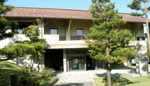 石川県九谷焼美術館でティータイム-2