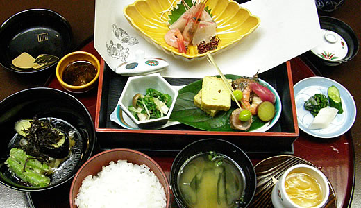 加賀料理 ばん亭でランチ-3