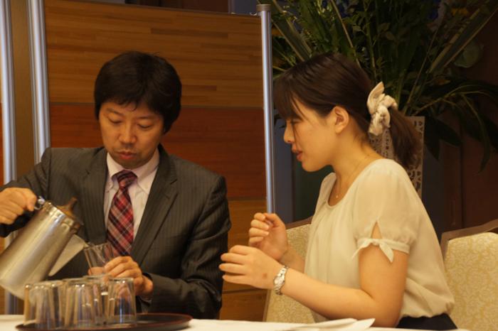 始まる前、スタンバイする開設の杉本先生と井道先生