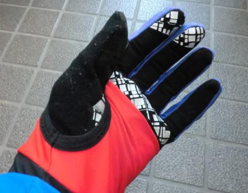 boukan_glove_2