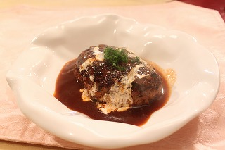 煮こみハンバーグ2(元)