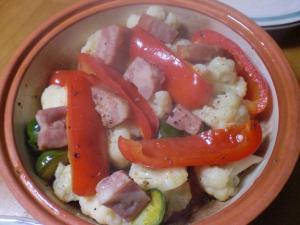 カリフラワー・芽キャベツ・パプリカの温サラダ
