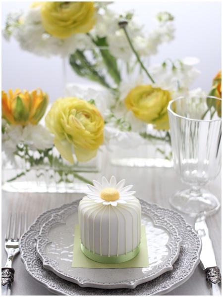 お花とケーキ2
