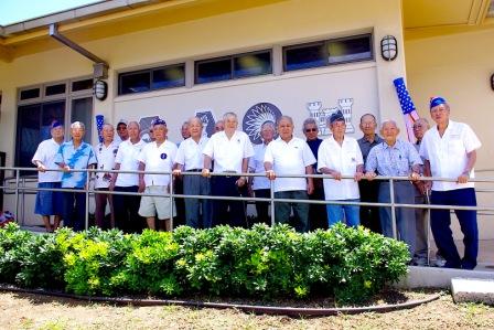 Kansha PrescoolのあるNisei Veterans Memorial Centerに集合したマウイの退役軍人達