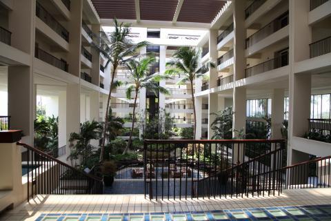マウナ・ラニ ホテル フロント