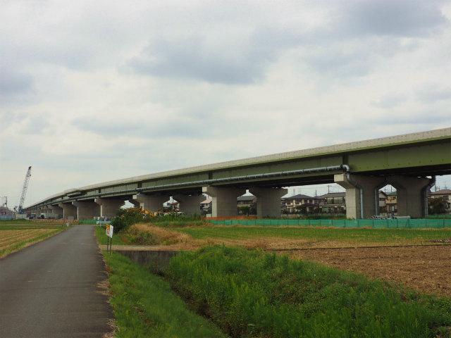ヨークマート脇あたりから国道4号線方面。